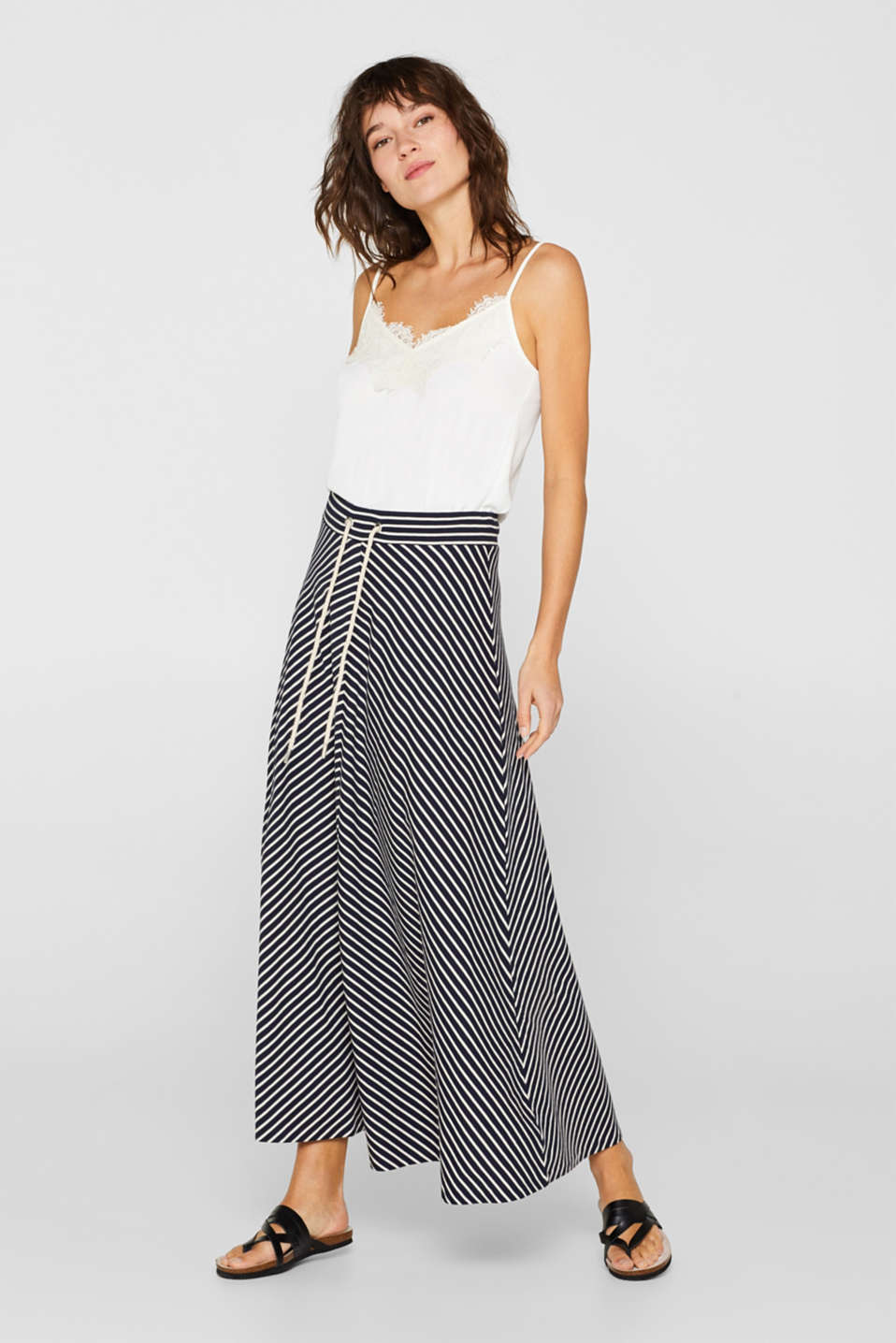 Esprit - Maxi skirt in jersey, 100% cotton