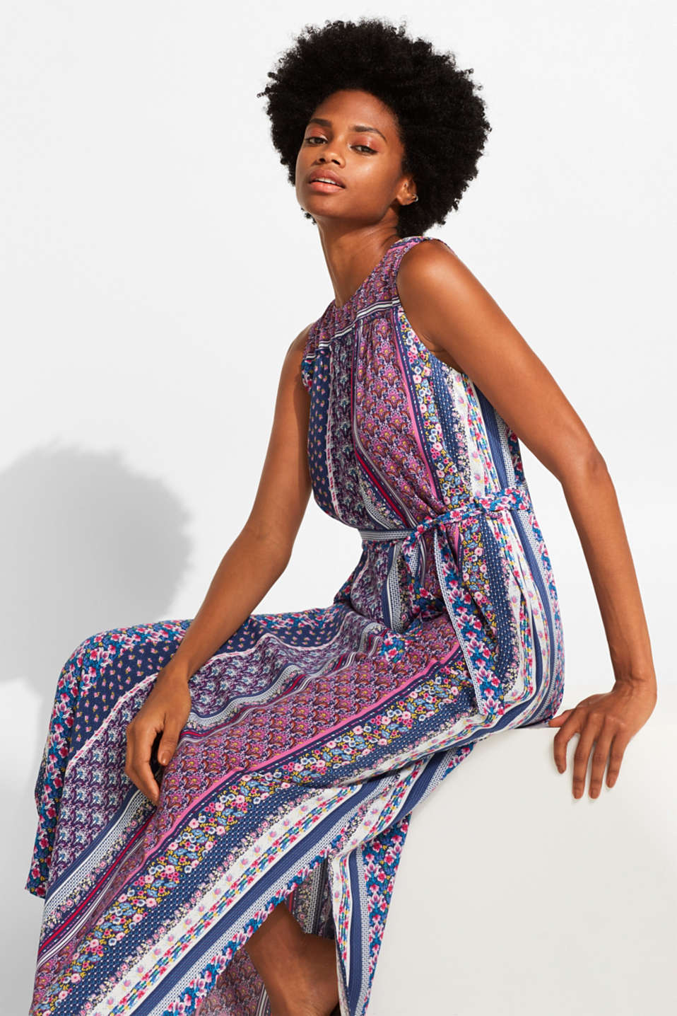 Esprit - Maxi dress with a colourful mix of patterns