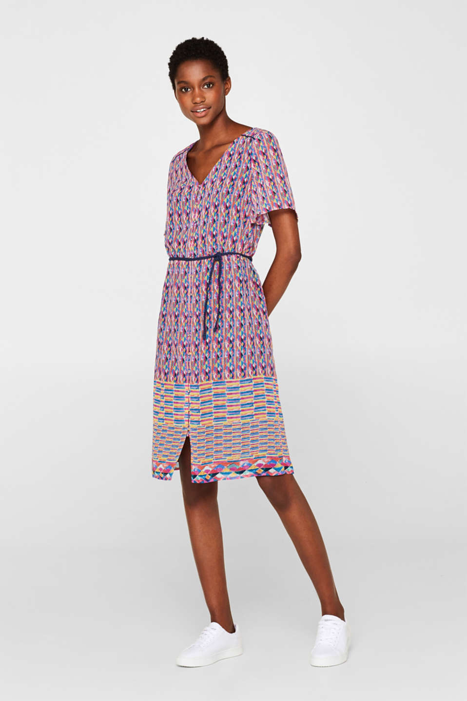 Esprit - Chiffon dress with a mosaic print and braided belt