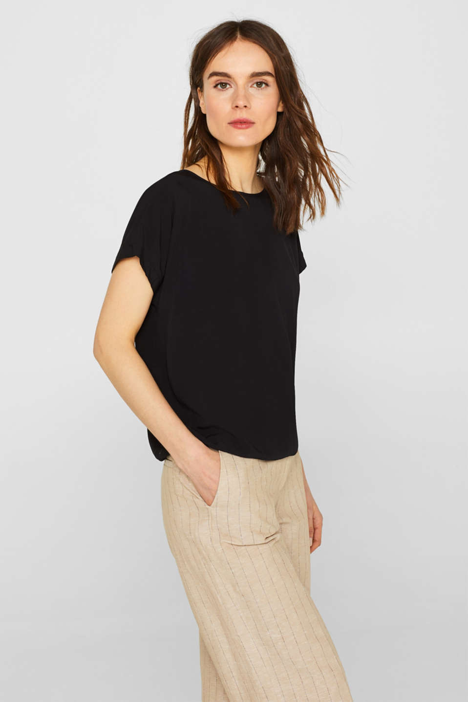 Esprit - Simple blouse with an elasticated hem