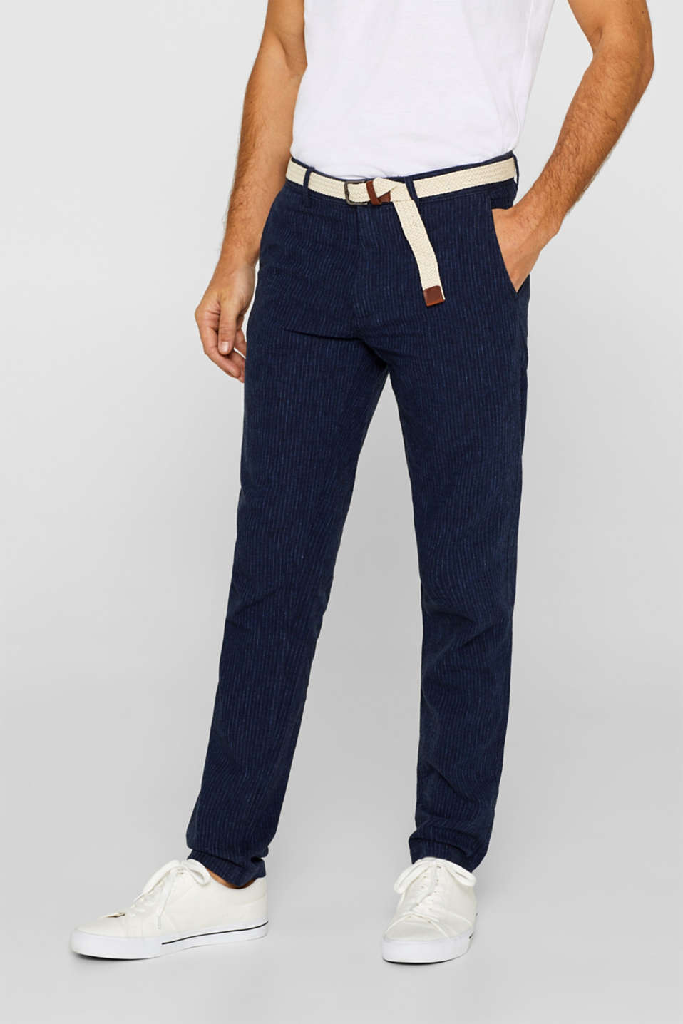 Esprit - Linen blend: trousers with a belt and pinstripes