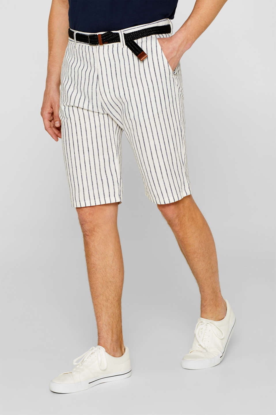 Esprit - Blended linen: striped shorts