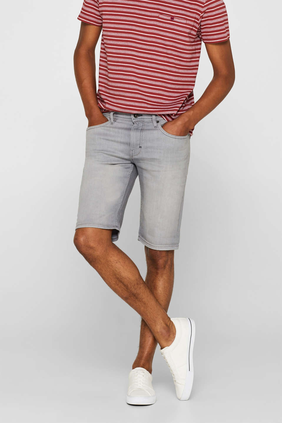 Esprit - Denim short met veel stretch en COOLMAX®