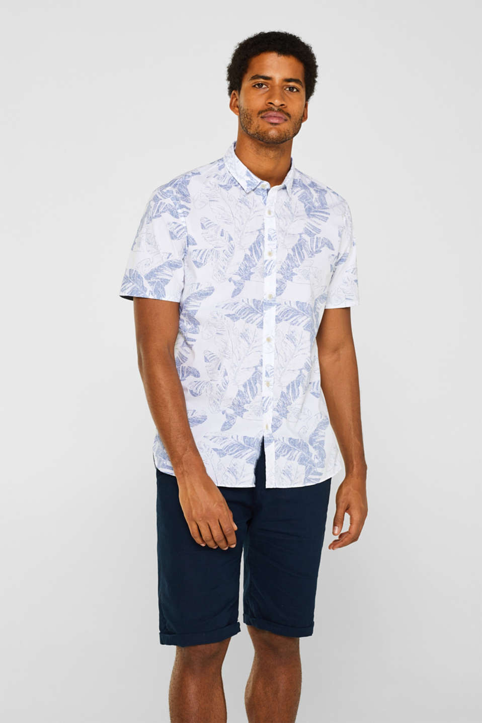Esprit - Short sleeve shirt with a tropical print