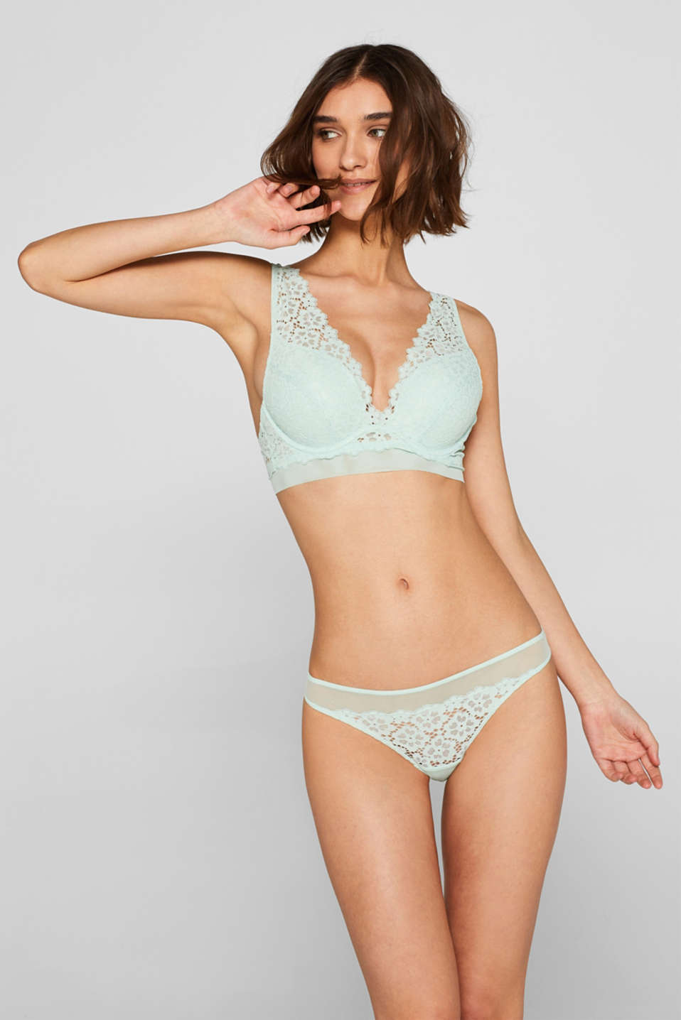 Esprit - Push-up bra made of lace in a crocheted look