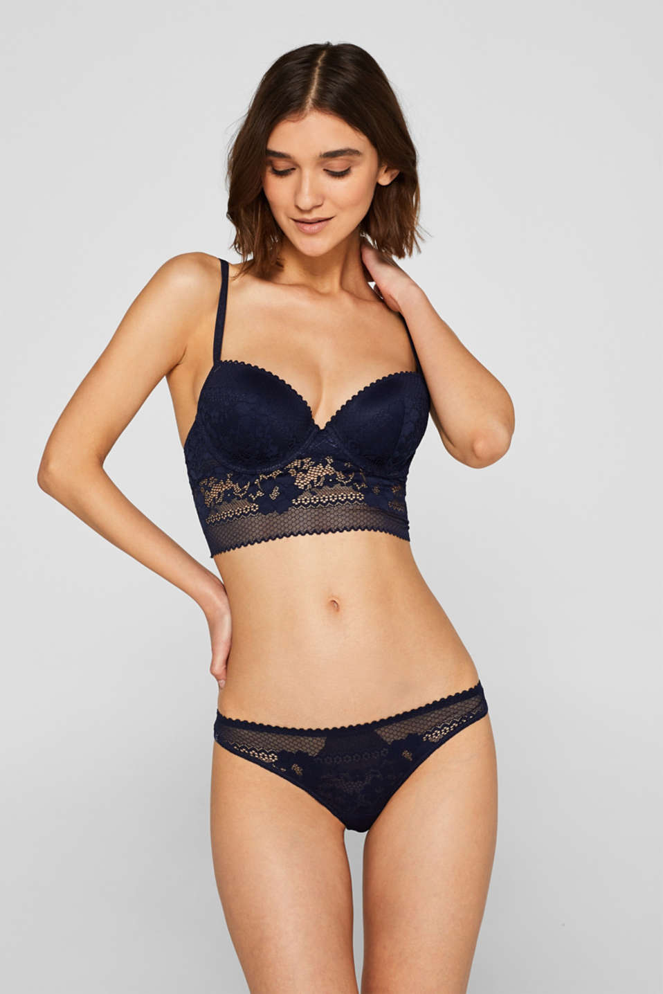 Esprit - Padded non-wired bra in retro lace