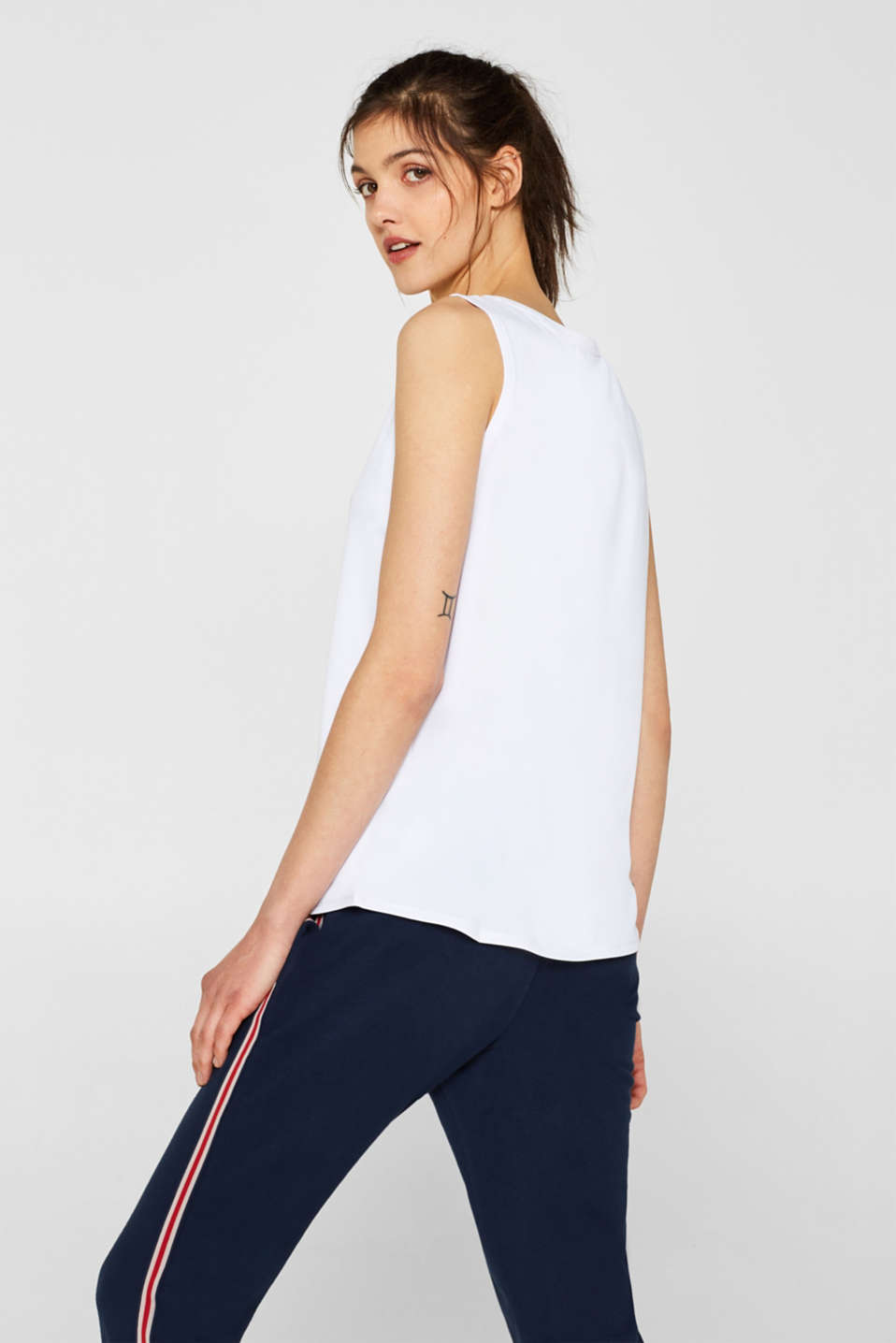 Stretch top with a statement print, E-DRY, WHITE, detail image number 3