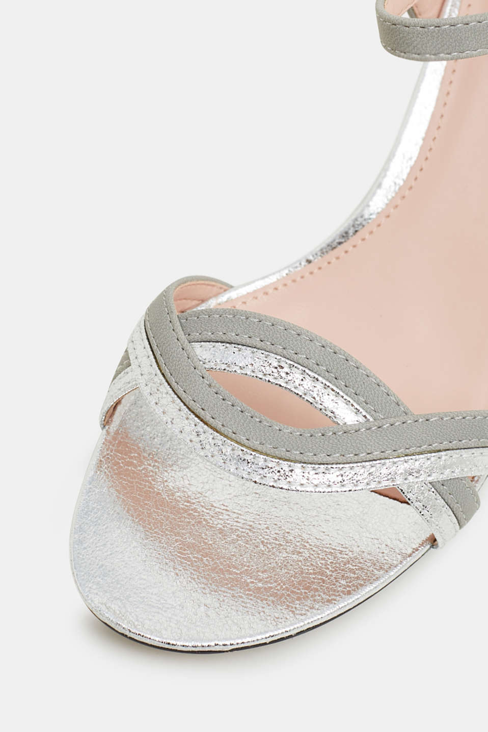 Faux leather sandals with metallic accents, SILVER, detail image number 4