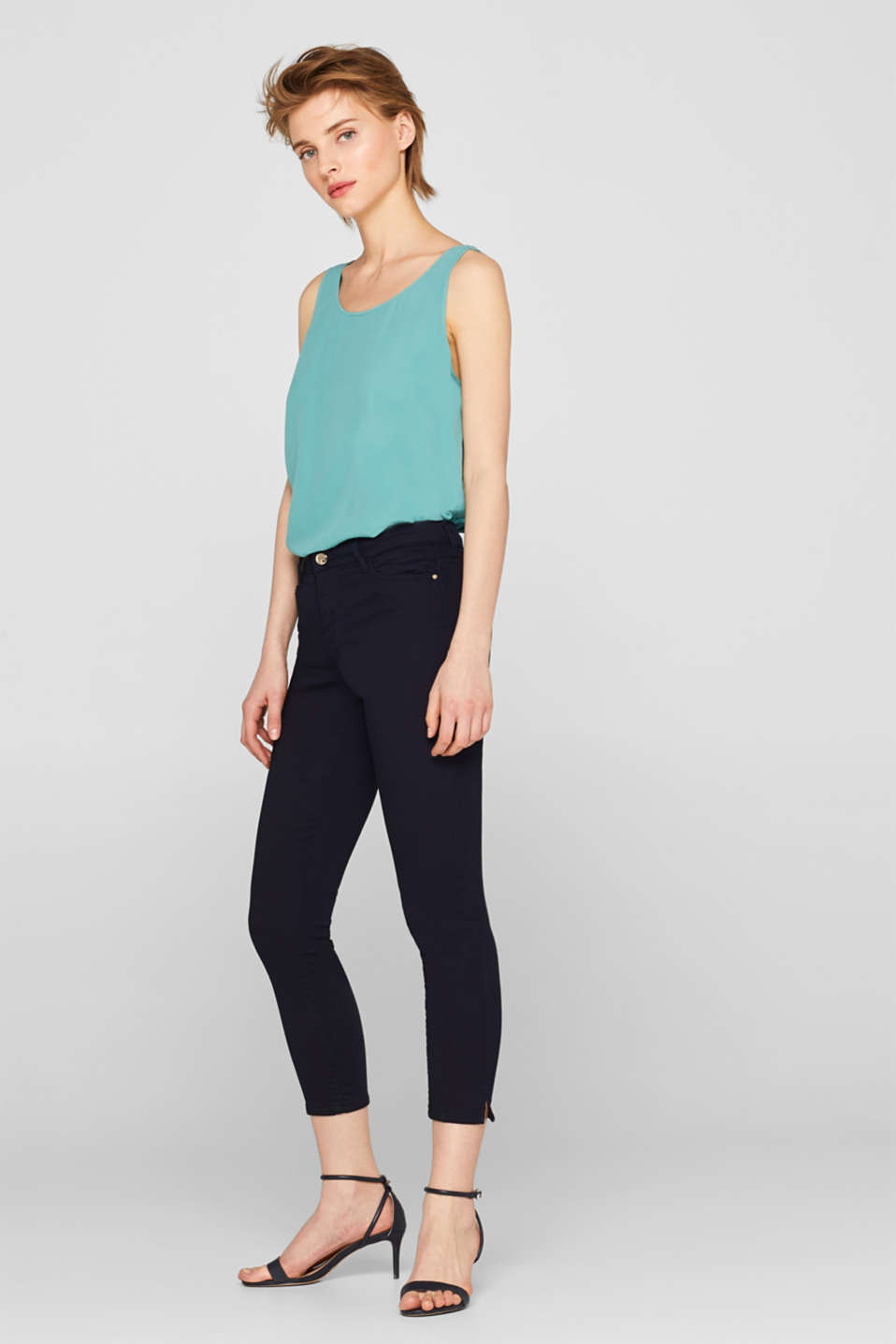 Esprit - Stretchcapris i stilren look