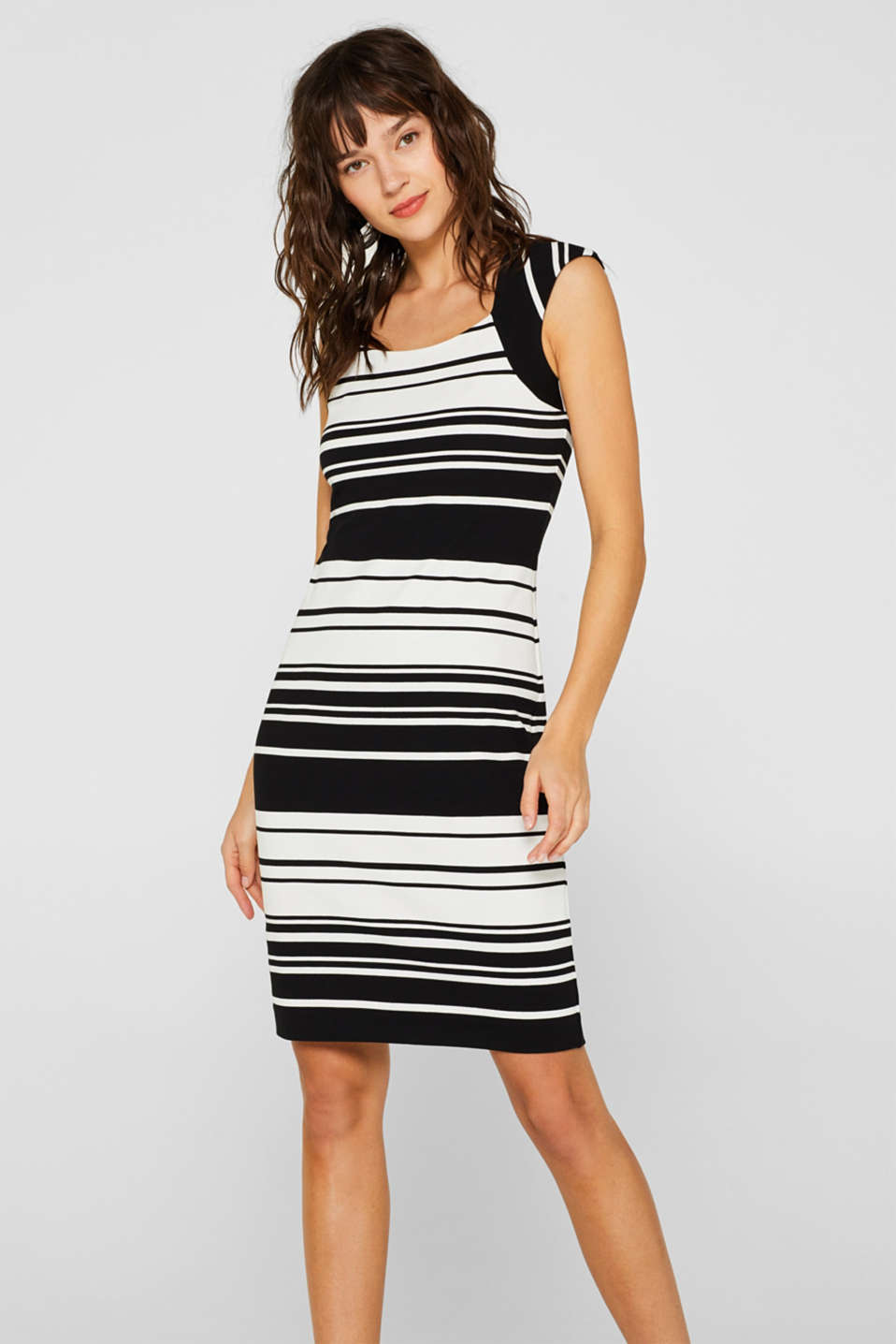 Sheath dress in jersey with stretch for comfort