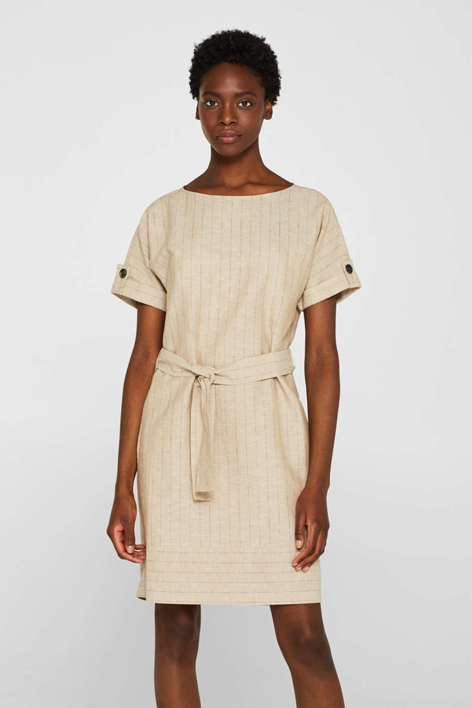 Esprit - Made of blended linen: Pinstripe dress with built
