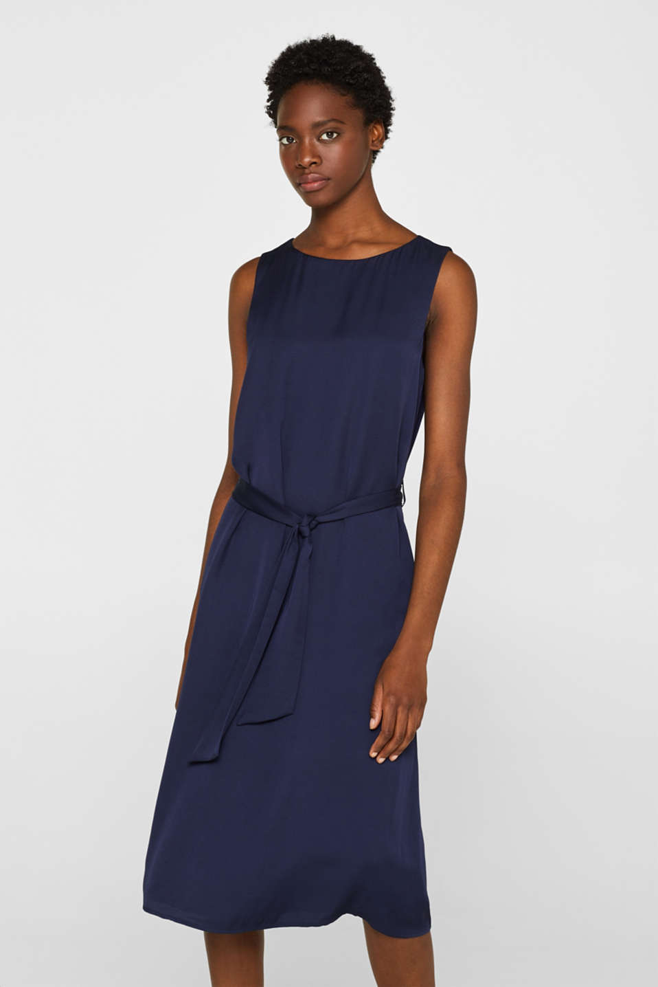 Esprit - Flowing midi dress with tie-around belt