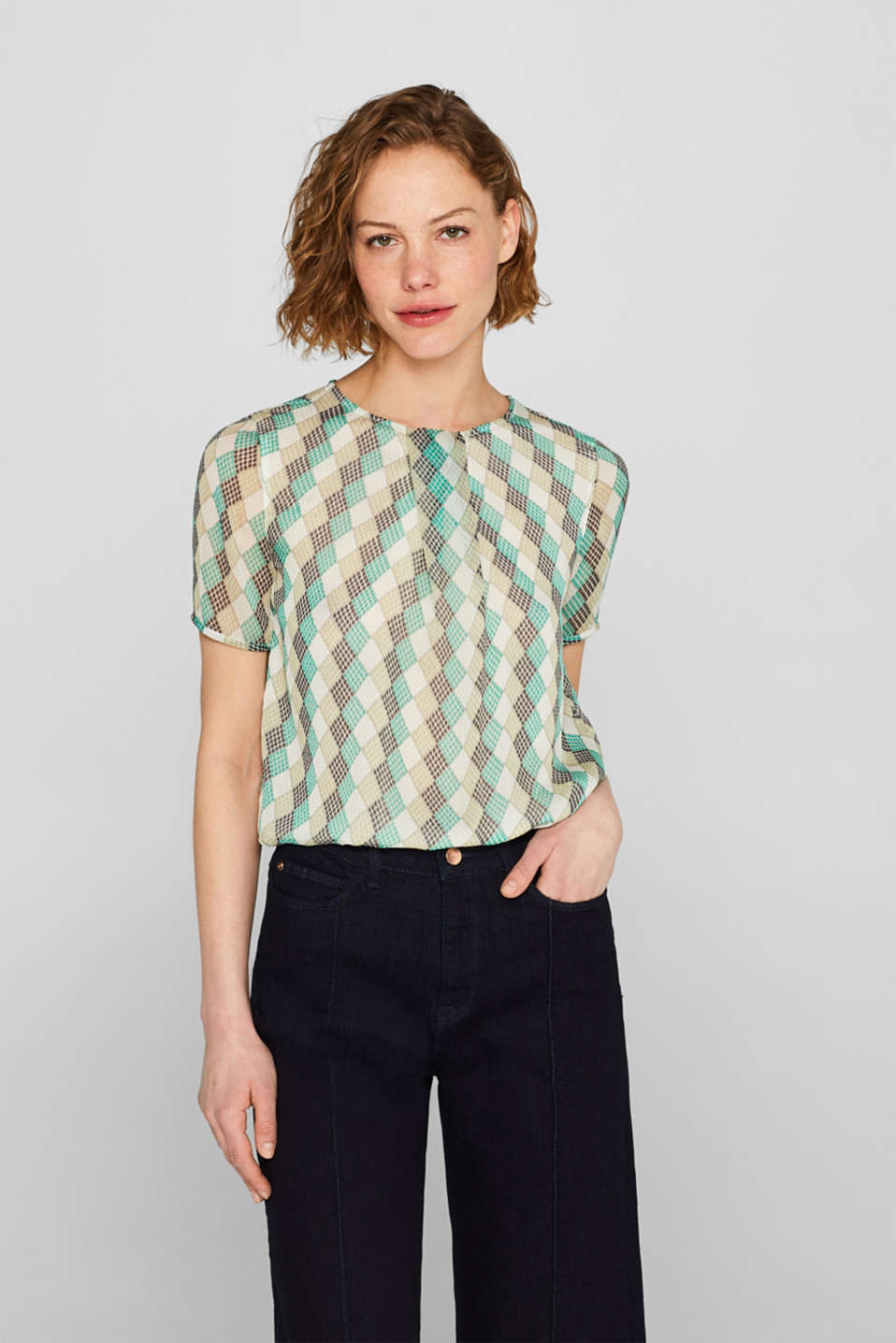 Esprit - Chiffon blouse with a diamond print