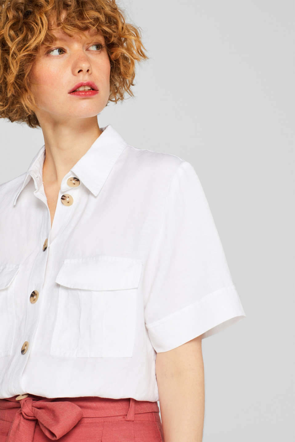 Esprit - Blended linen: boxy blouse with pockets