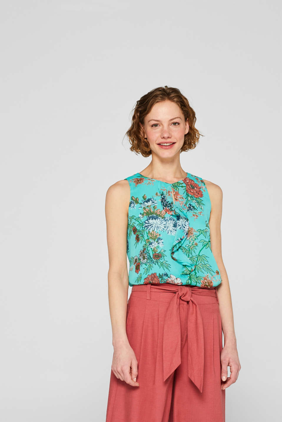 Esprit - Crinkle blouse top with a print and flounce