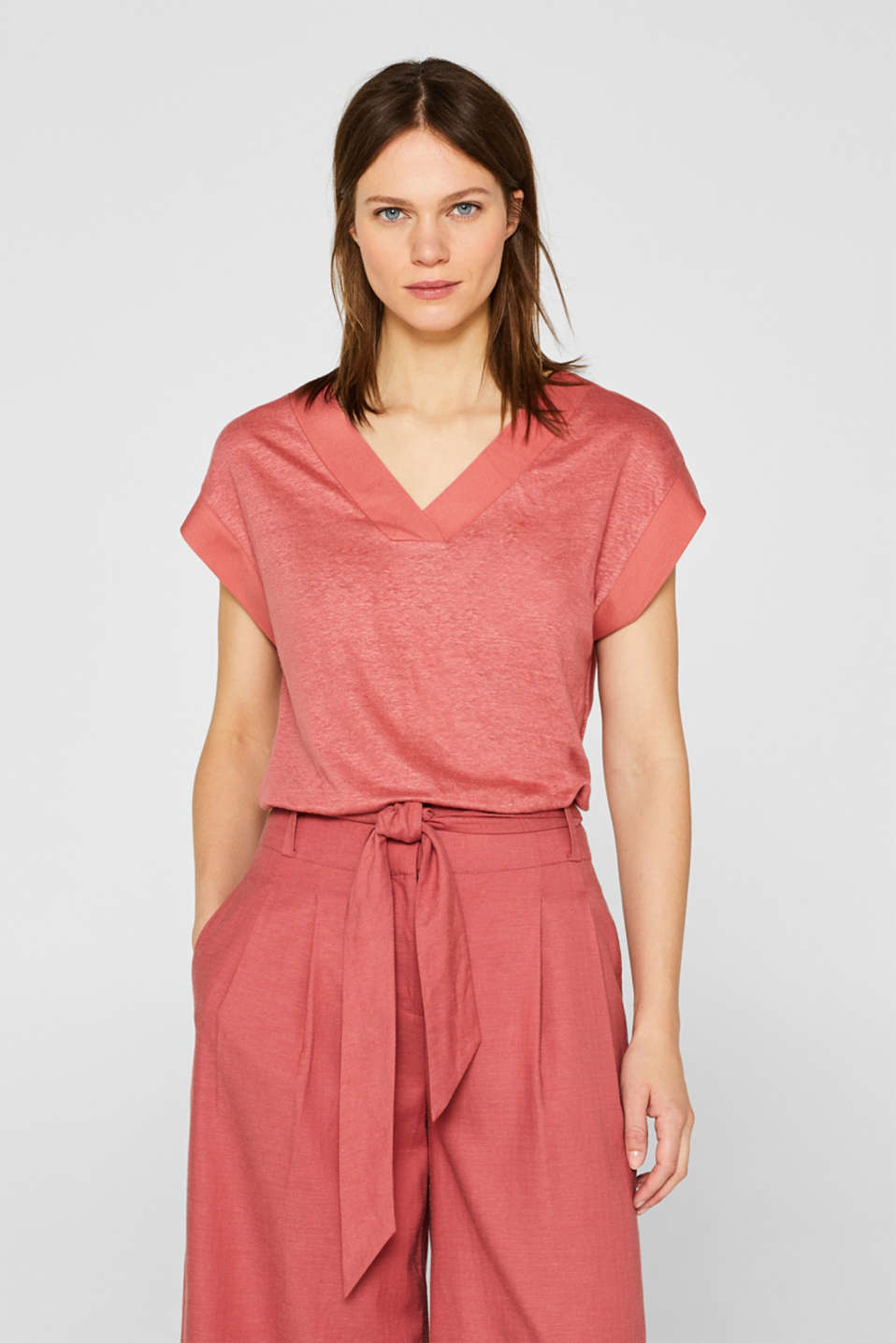 Esprit - Made of blended linen: top with fabric trims
