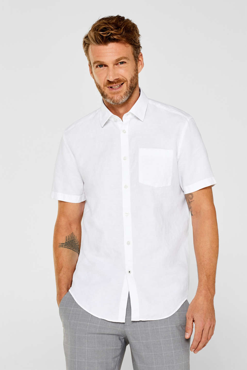 Esprit - Linen blend: short-sleeved shirt with a breast pocket