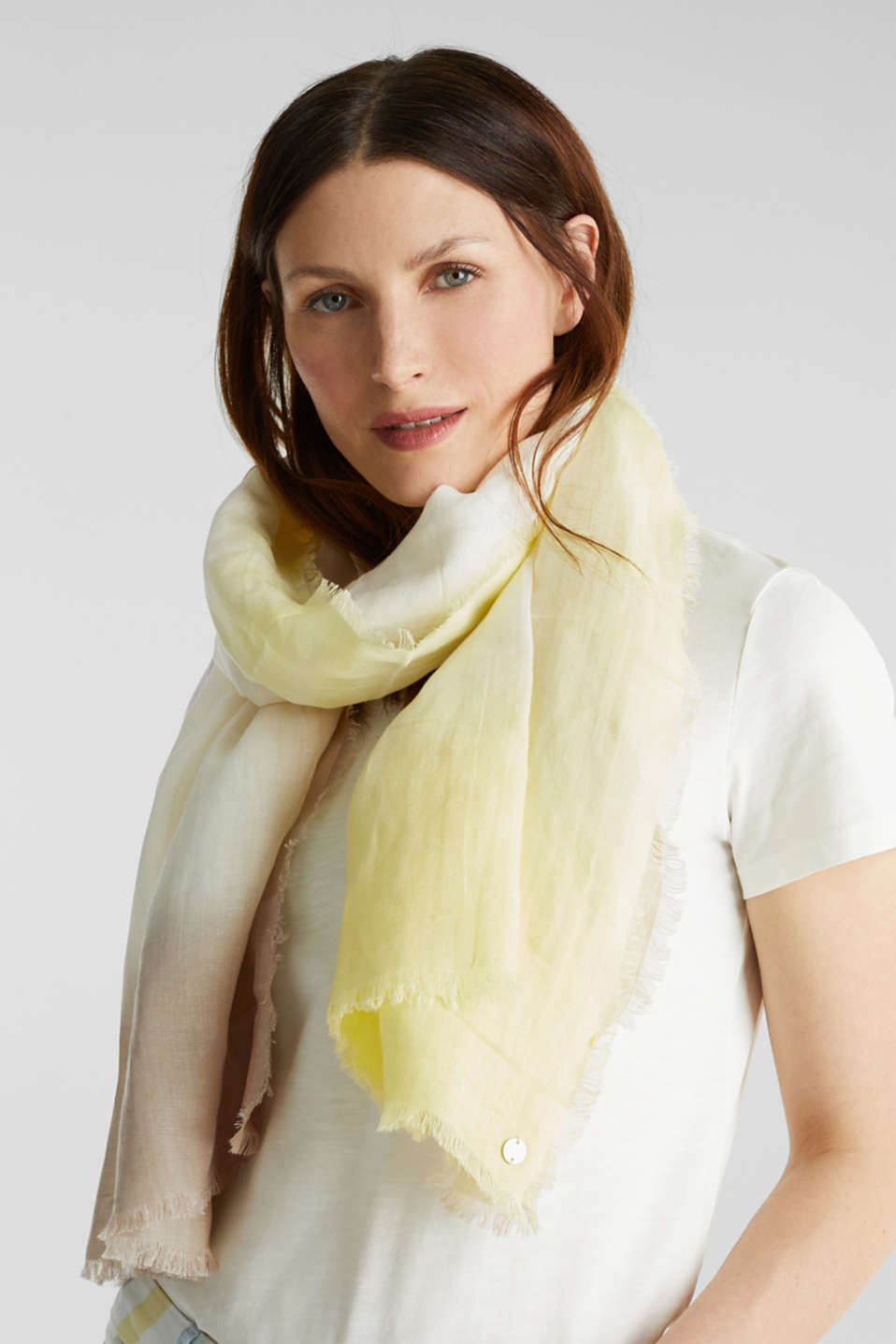 Made of linen and LENZING™ ECOVERO™: scarf, OFF WHITE, detail image number 1