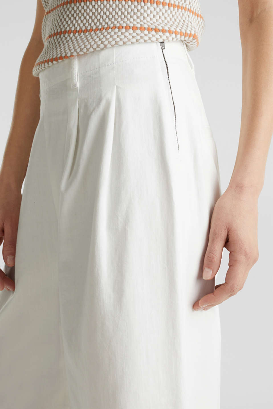 Culottes with waist pleats in blended lyocell, WHITE, detail image number 2