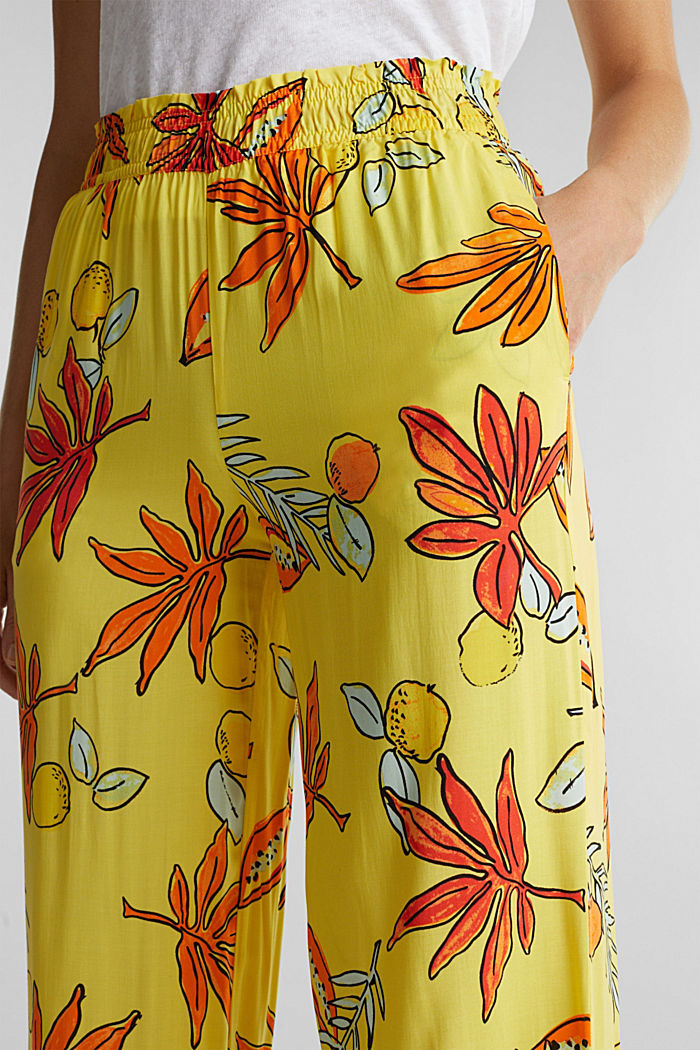 Wide trousers made of LENZING™ ECOVERO™, BRIGHT YELLOW, detail image number 2