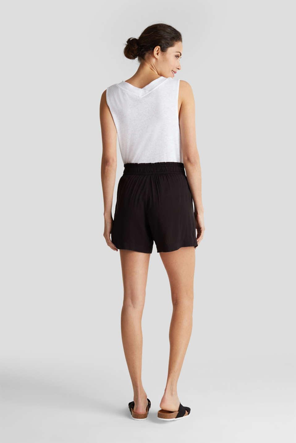 Shorts made of LENZING™ ECOVERO™, BLACK, detail image number 3