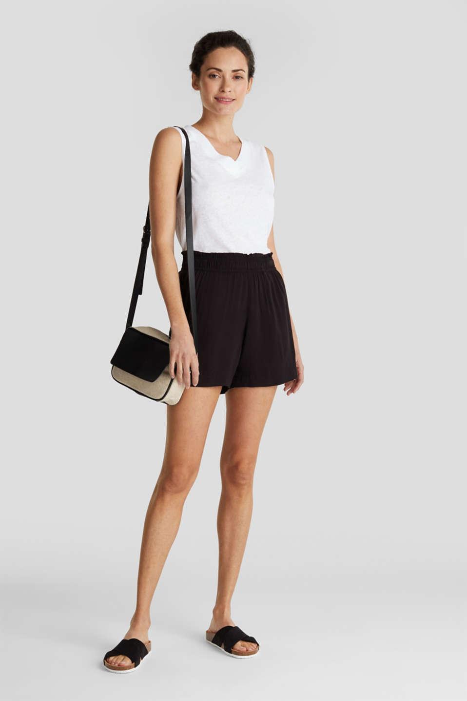 Shorts made of LENZING™ ECOVERO™, BLACK, detail image number 1