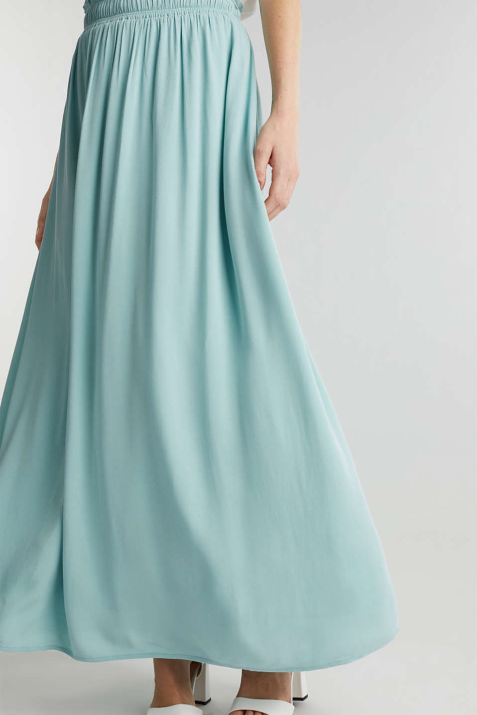 Maxi skirt in flowing crêpe, LIGHT AQUA GREEN, detail image number 2