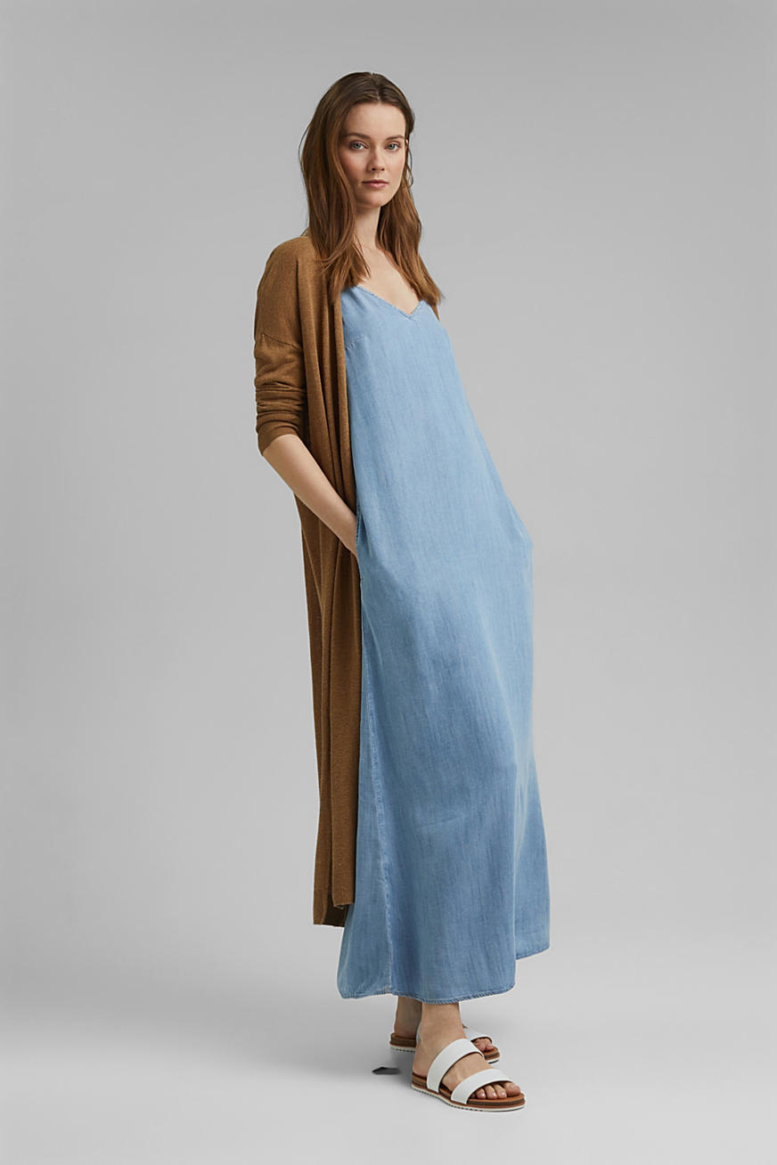 En TENCEL™ : la robe maxi longueur d´aspect denim