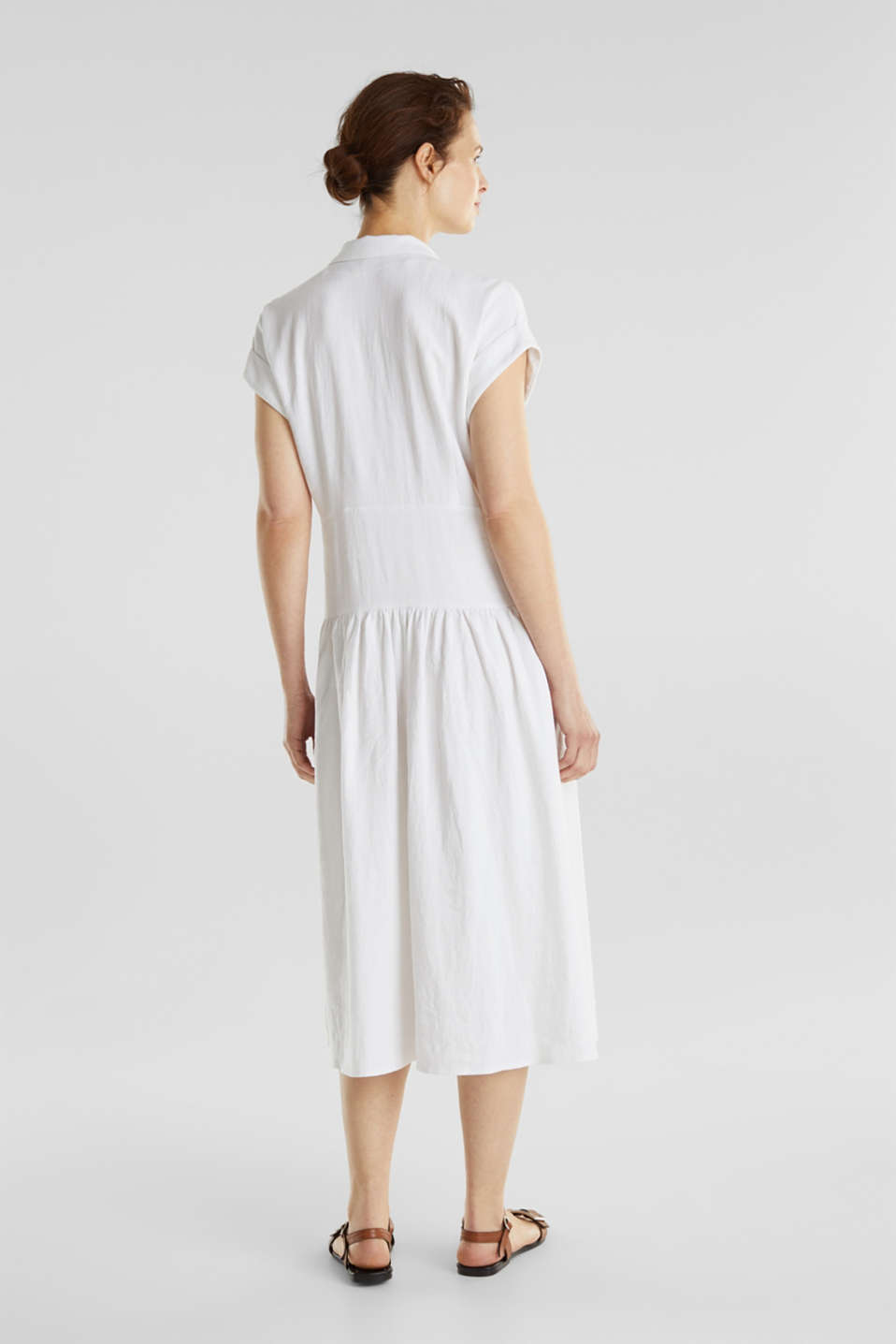 Blended linen: midi dress with a button placket, WHITE, detail image number 1