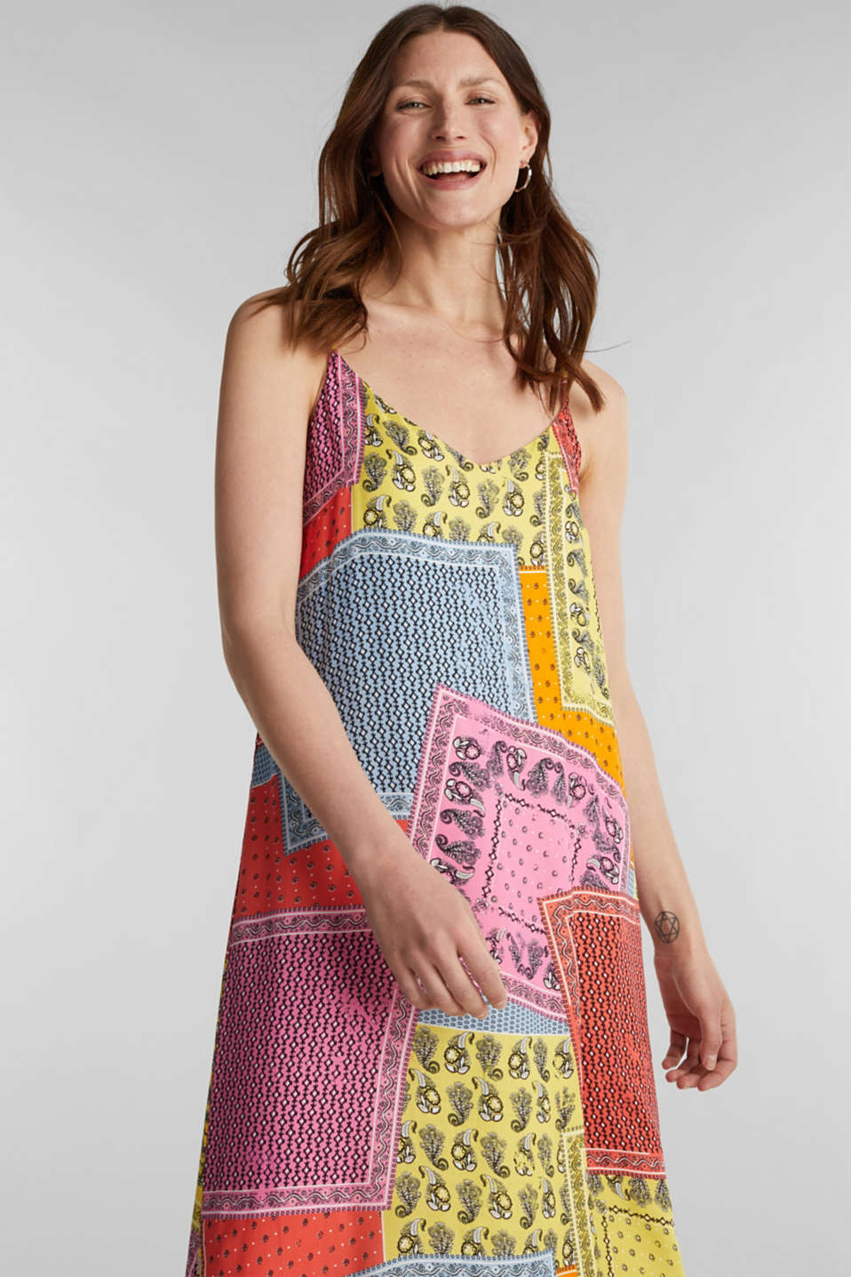Maxi dress with a bandana print, CORAL 4, detail image number 0