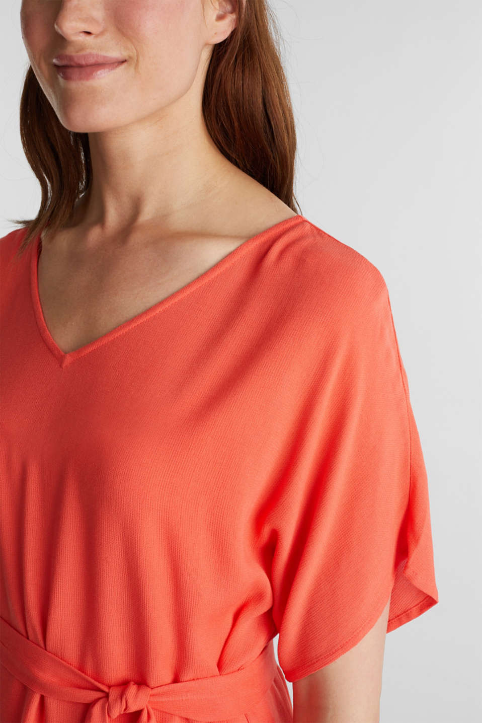 Dress with a high-low hem, CORAL, detail image number 3