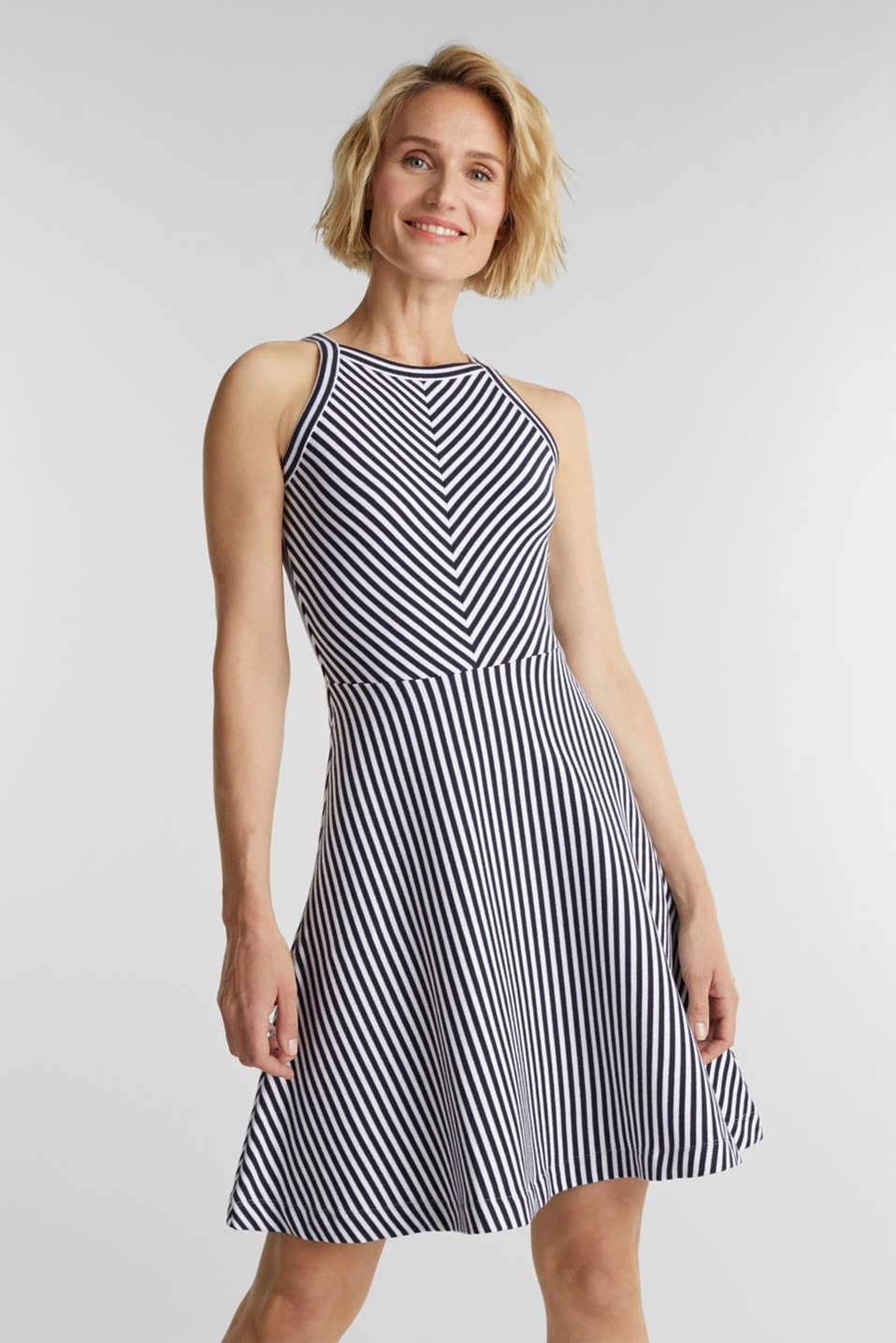 Esprit - Ribbed stretch jersey dress