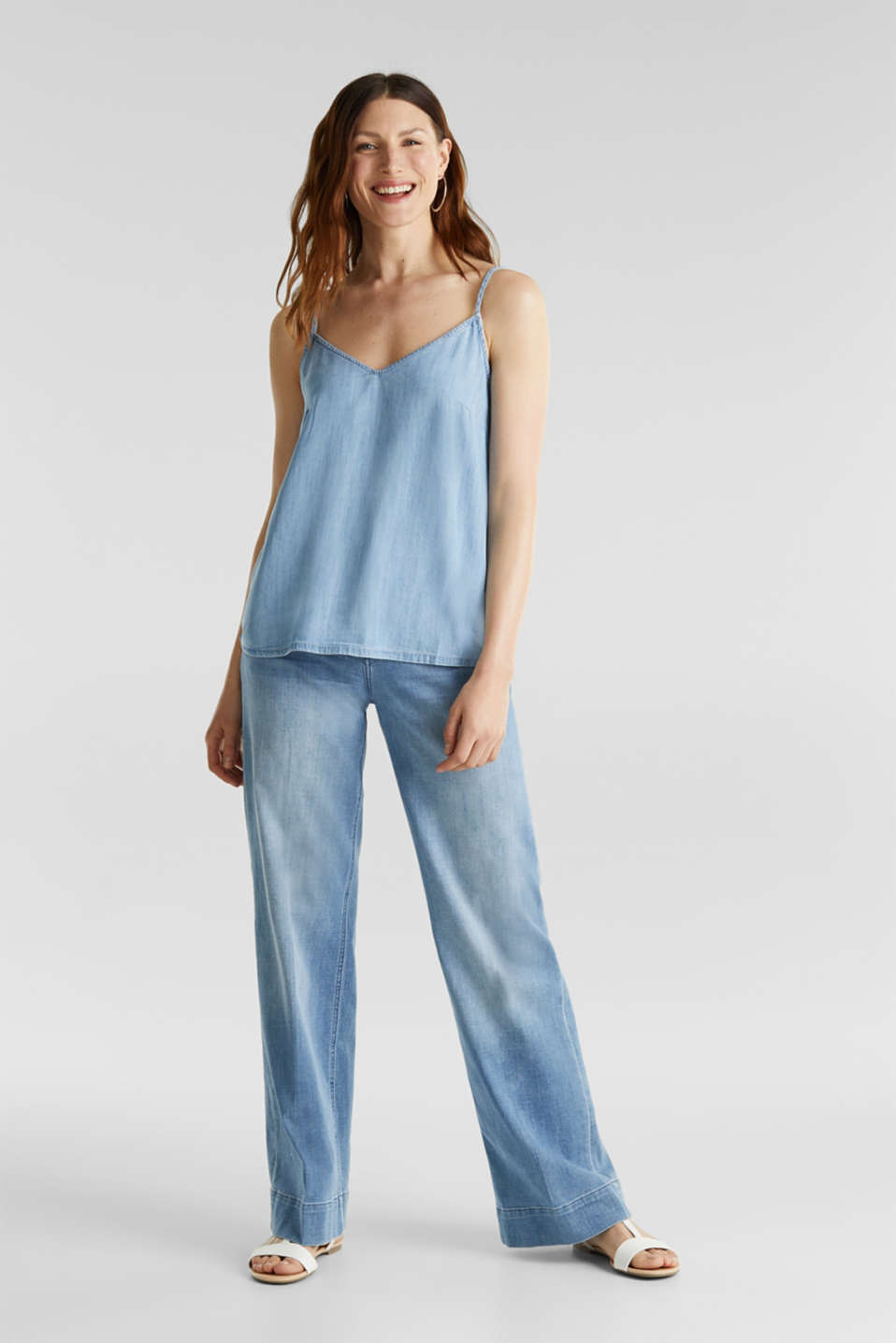 Made of TENCEL™: top in a denim look, BLUE BLEACHED, detail image number 1