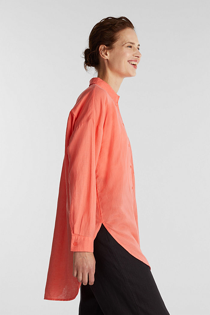 Linen blend: long shirt blouse, CORAL, overview