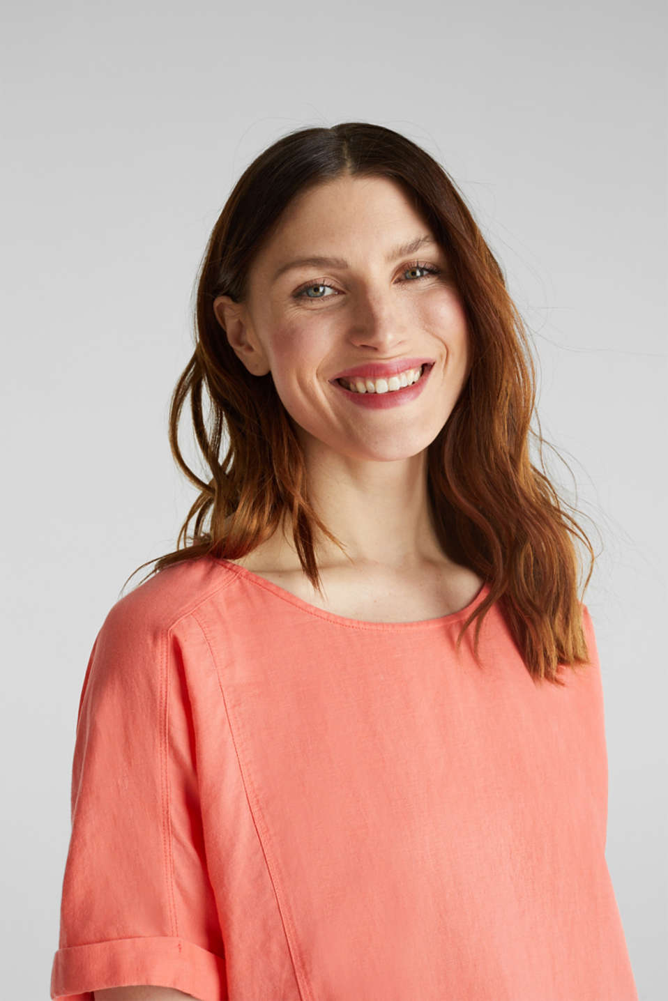 Linen blend: Blouse in a shirt shape, CORAL, detail image number 7