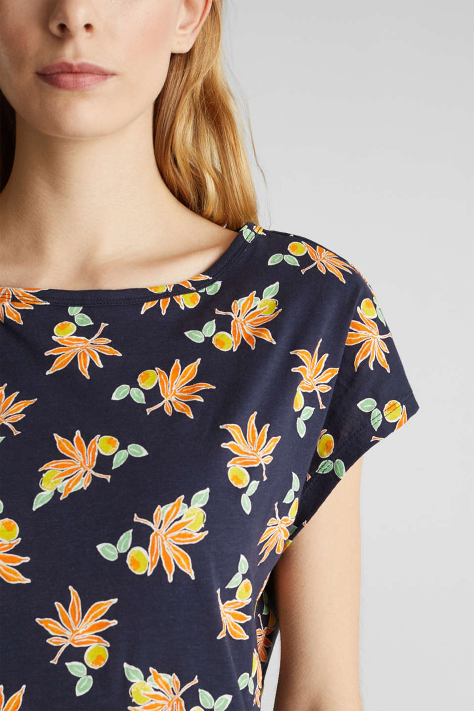 T-shirt with linen and organic cotton, NAVY, detail image number 5