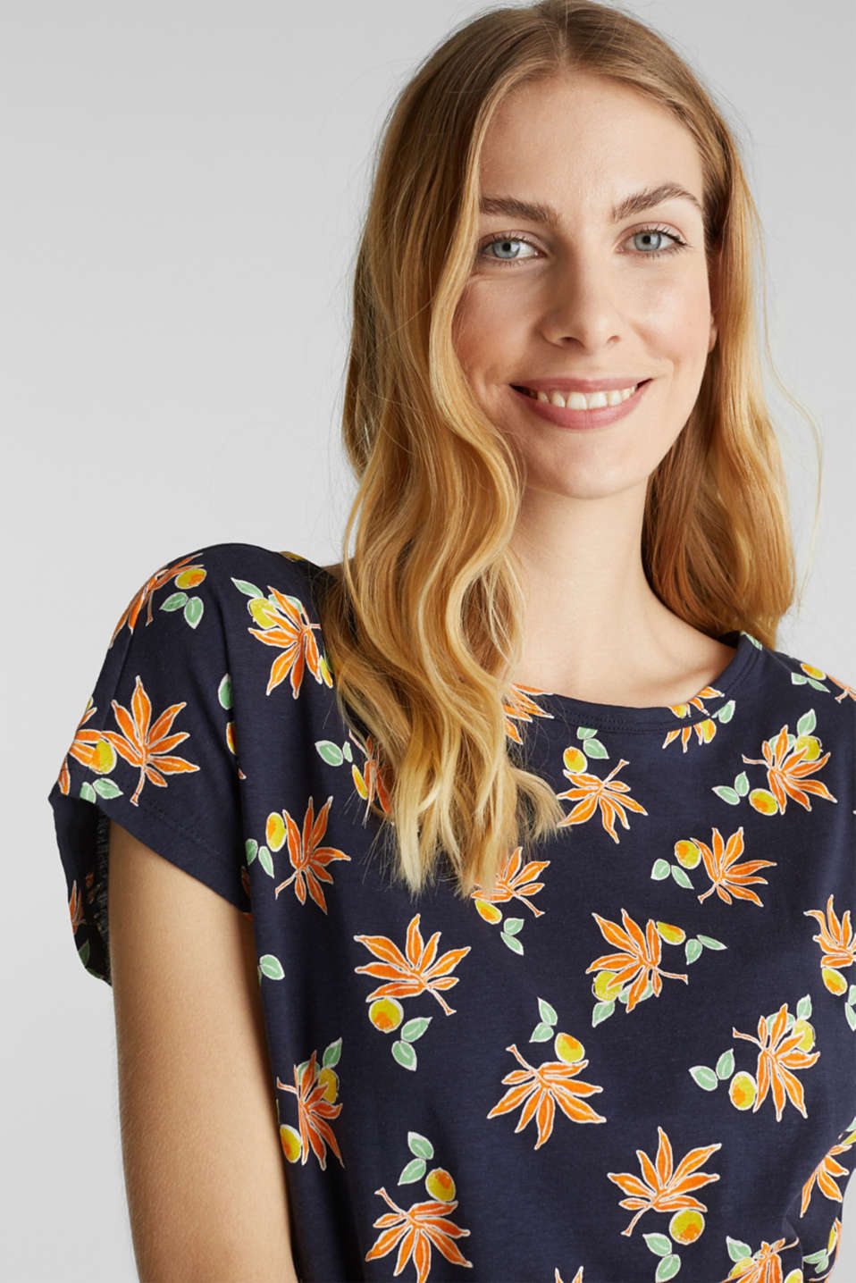 T-shirt with linen and organic cotton, NAVY, detail image number 7
