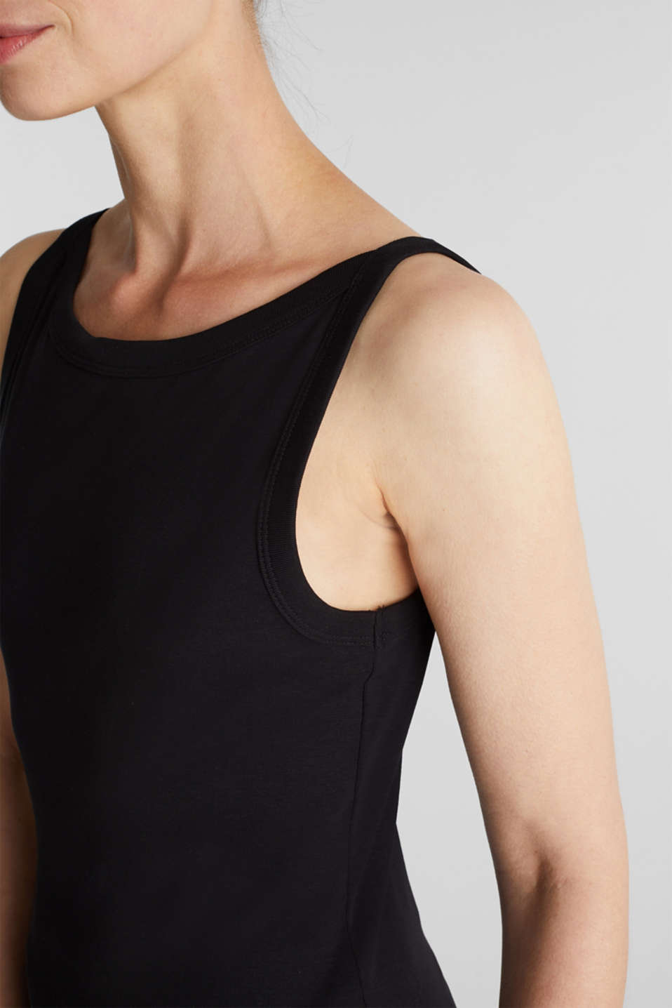 Top made of 100% organic cotton, BLACK, detail image number 2