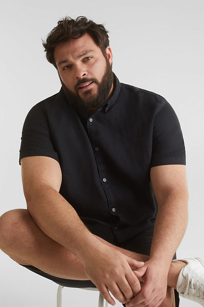 Made of 100% linen: Short-sleeved shirt