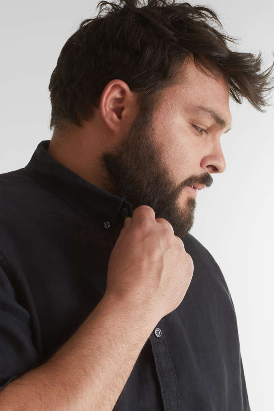 Made of 100% linen: Short-sleeved shirt, BLACK, detail image number 2