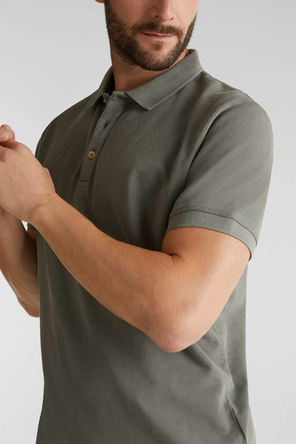 EarthColors®: piqué polo shirt, DARK KHAKI 2, detail image number 1