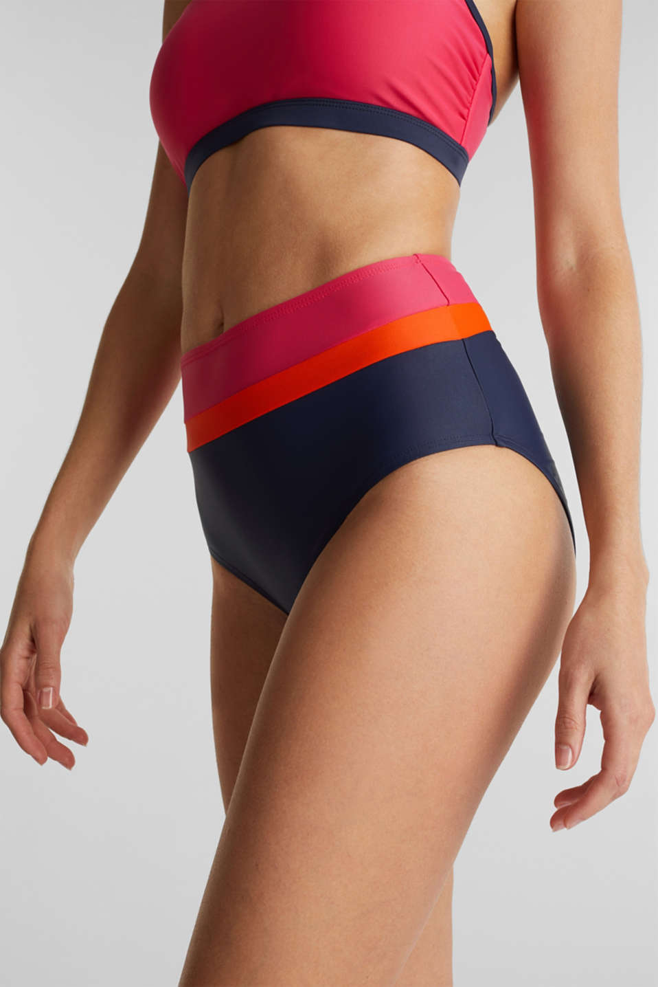 High-rise briefs with colour blocking, BERRY RED, detail image number 1