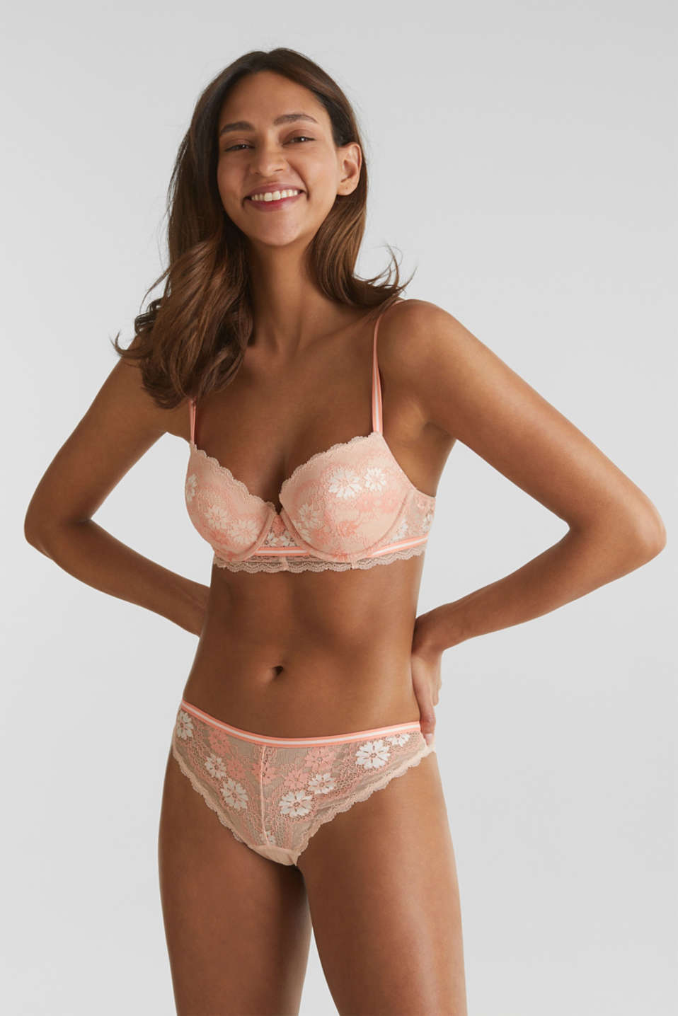Hipster thong in two-tone lace, NUDE, detail image number 0