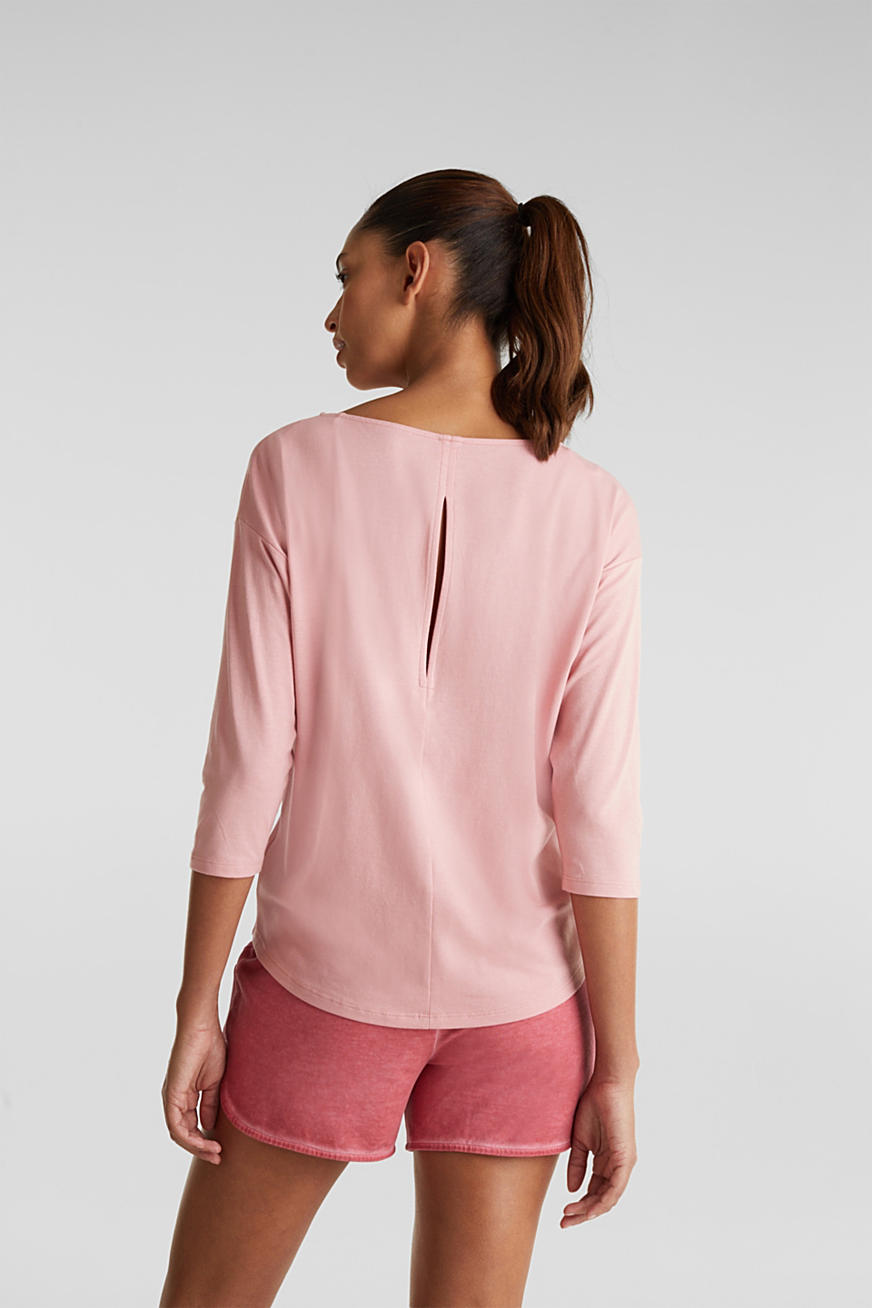 Stretch top with a slit at the back