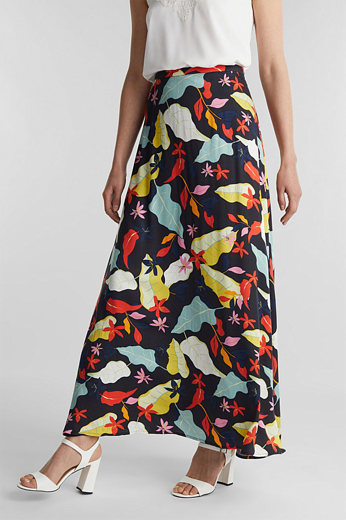 Made of LENZING™ ECOVERO™ Maxi skirt with a print, BLACK, detail image number 5