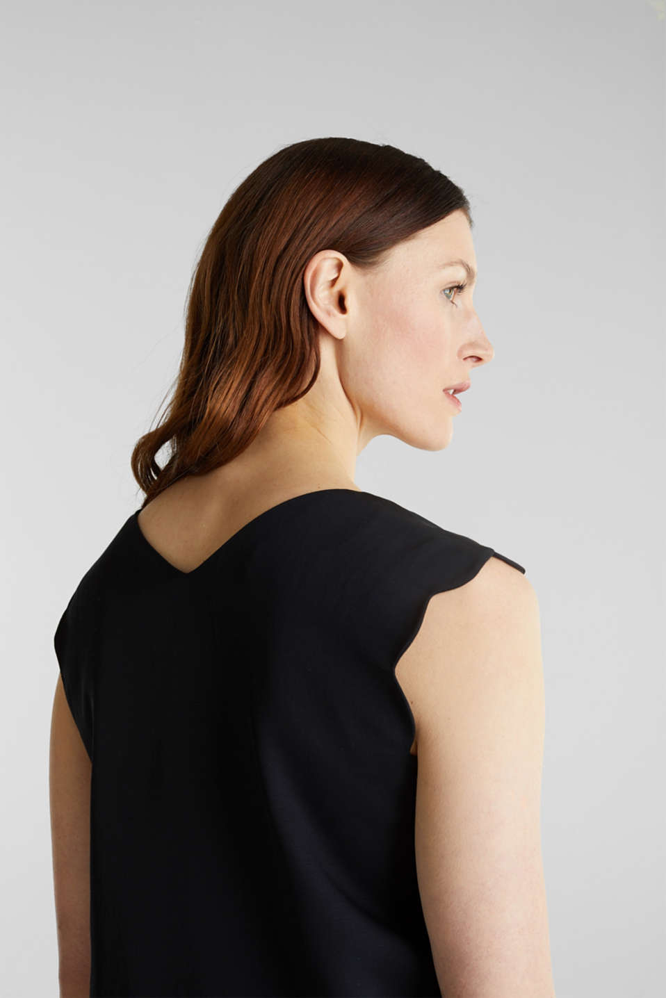Linen blend: dress with wavy edges, BLACK, detail image number 3
