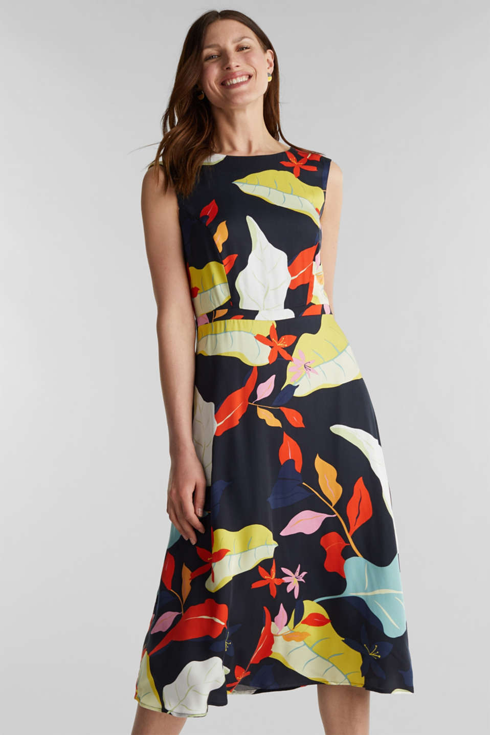 Esprit - Midi dress with LENZING™ ECOVERO™
