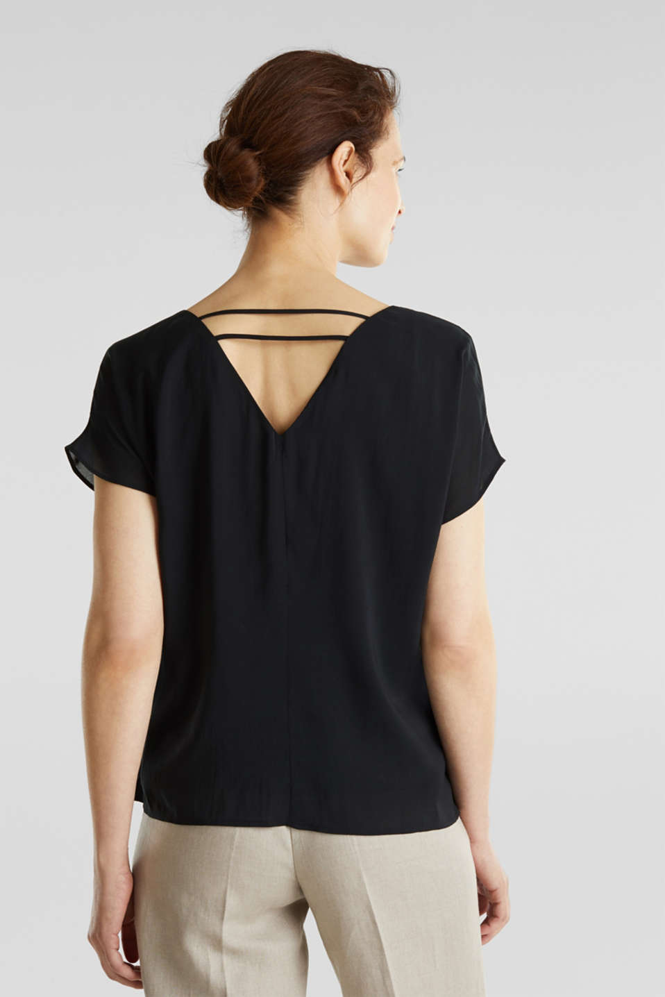 Blouse top with double-layer V-neckline, BLACK, detail image number 2