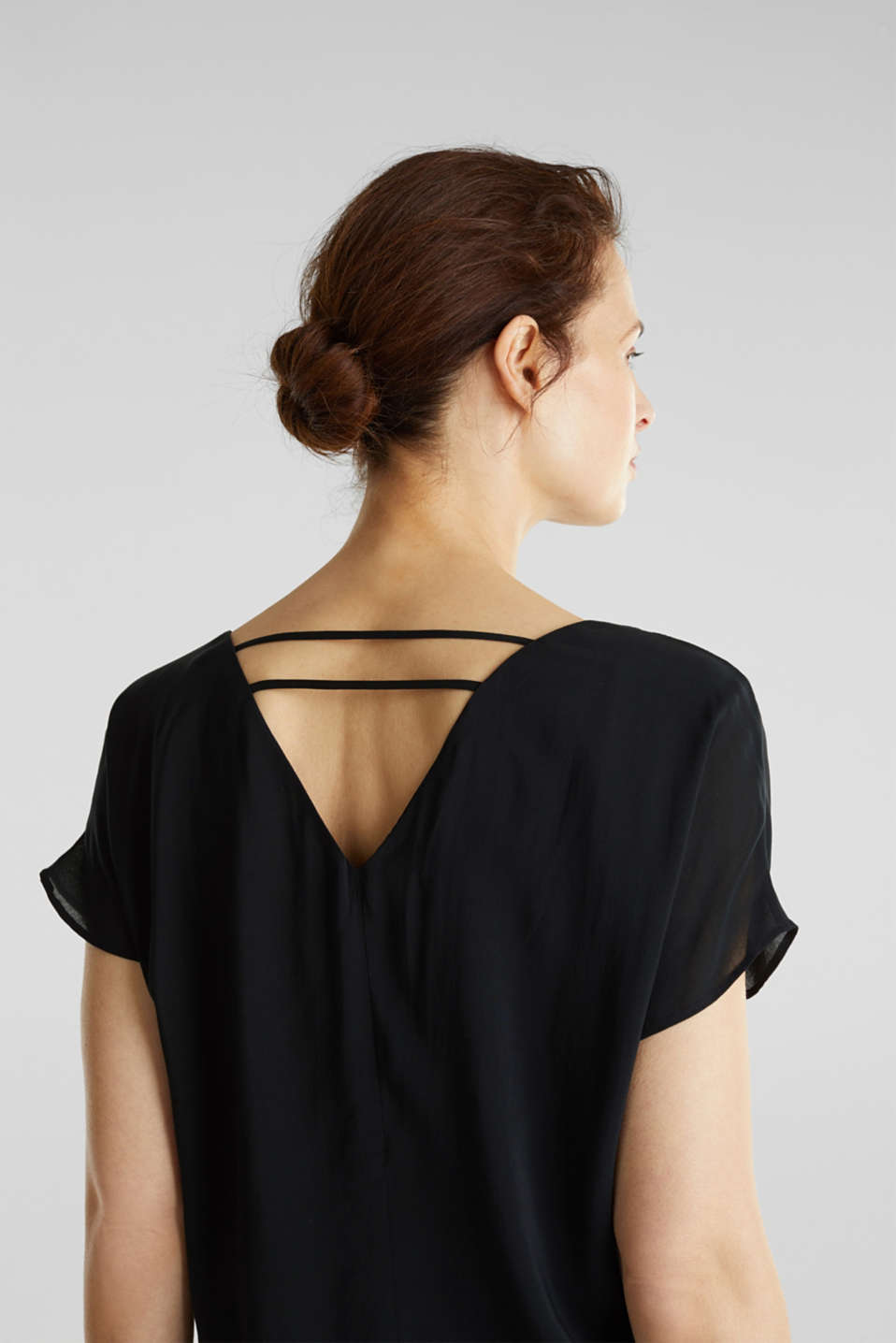 Blouse top with double-layer V-neckline, BLACK, detail image number 1