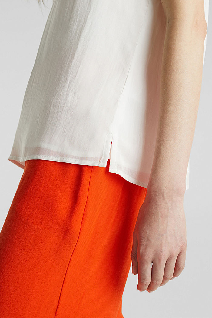 Blouse top with double-layer V-neckline, OFF WHITE, detail image number 5